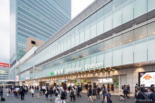 JR 新宿駅新南口エリア