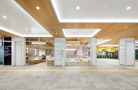 JR 新宿駅新南口エリアサブ画像