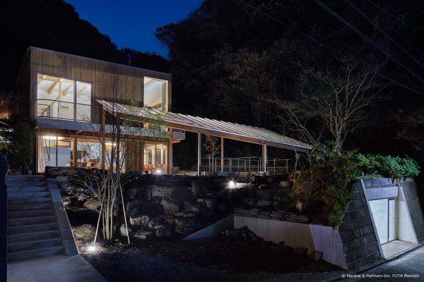 稲村の森の家